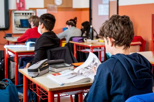 """Ramadan vietato agli studenti: """"Svengono in classe"""". Ed è subito polemica"""