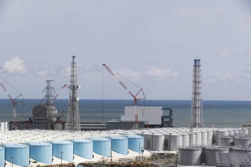 In mare le acque di Fukushima. Tokyo riattiva le centrali nucleari