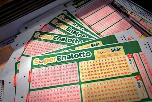 SuperEnalotto, oltre 58mila euro in cerca del vincitore