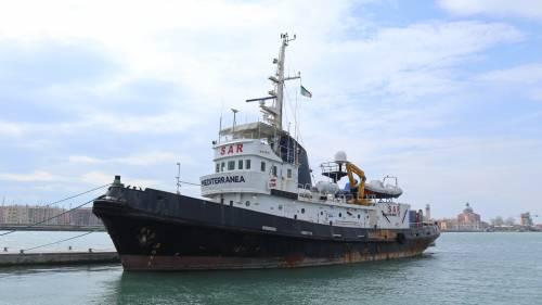 La Mare Jonio è a Venezia: giallo sull'ormeggio. Che cosa non torna