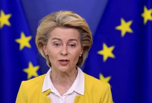 """BioNTech a von der Leyen, Oxford per Merkel. L'Ue vira su Pfizer: """"La nostra spina dorsale"""""""