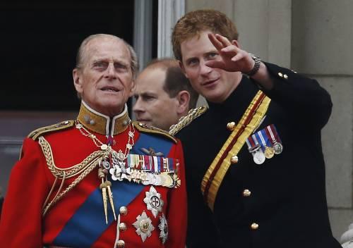 Il principe Harry si sente in colpa per non aver salutato il nonno
