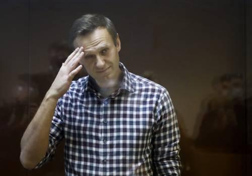 """L'Ue incorona Navalny con il premio Sakharov. """"Putin lo deve liberare"""""""
