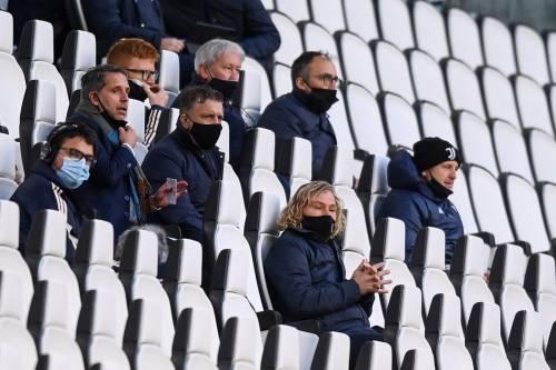 """La frase che umilia la Juve: """"Coppe? Cosa ci fate lì..."""""""
