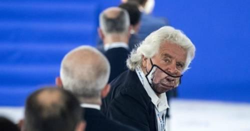 """""""Le scuse sarebbero apprezzate..."""". Bordate contro Grillo"""