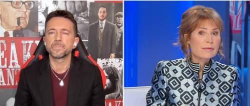 """""""Fa tenerezza"""": Scanzi difende Grillo in tv, la Gruber lo asfalta"""