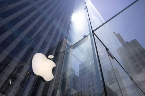 Così Apple e Facebook litigano sui nostri dati