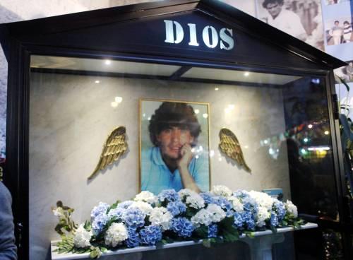La morte di Maradona si poteva evitare? Una perizia inchioda i medici