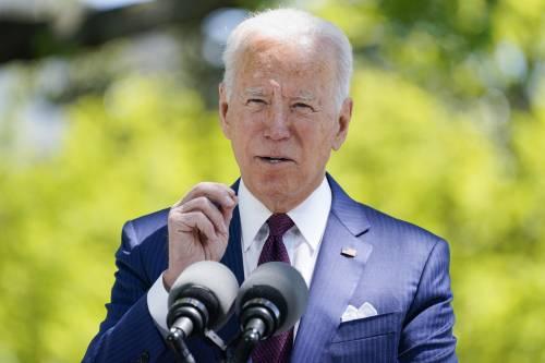 """Scuola, bimbi e sanità. Biden presenta il piano """"per le famiglie"""""""