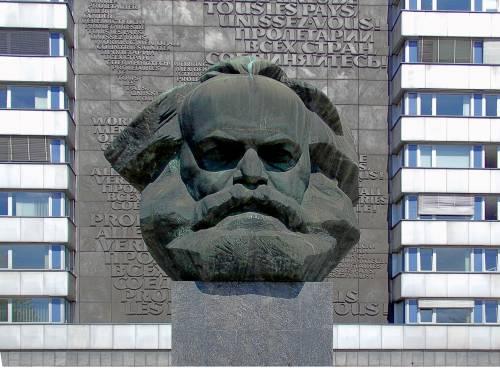 La sinistra coerente passa da Marx ai trapper