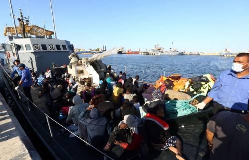 Quei no al piano migranti: così la Ue abbandona l'Italia