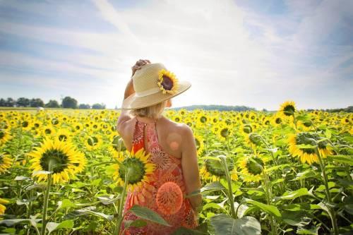 Macchie solari, come trattarle con i rimedi naturali
