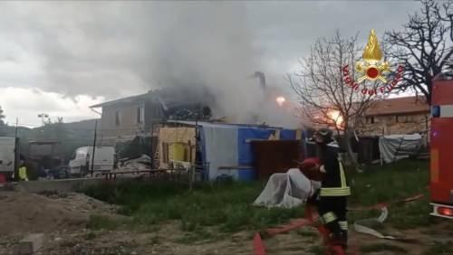 Esplosione in un laboratorio di cannabis light a Gubbio: due morti, tre feriti