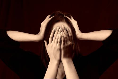 Psicosi, lo spessore del cervello potrebbe annunciare l'insorgenza