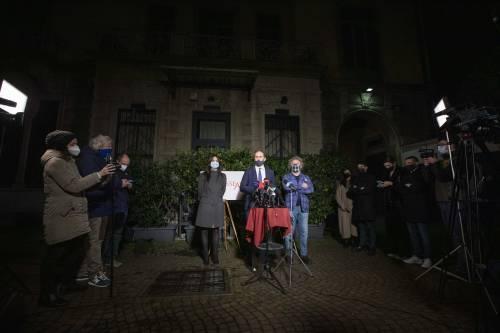 Il video choc di Grillo, il colpo vincente di Casaleggio, il sondaggio: così è morto il M5S