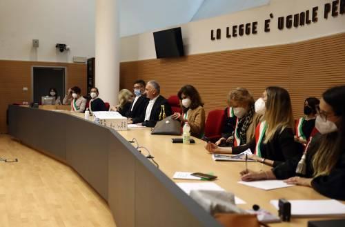 """""""Sessismo nelle sentenze"""". La Corte Ue condanna l'Italia"""