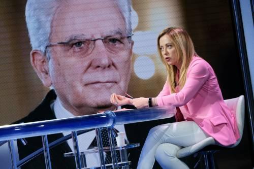 """Meloni tira dritto: """"Chi vince le elezioni sceglie il premier"""""""