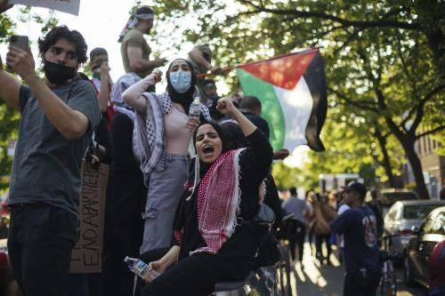 L'Occidente in corteo per Hamas odia Israele e coccola i terroristi