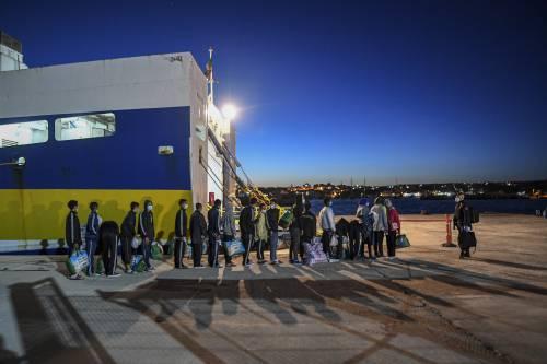 L'assalto all'Italia non si ferma. Oltre 1.800 arrivi a Lampedusa