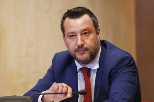 """Salvini: """"FdI supera la Lega? Un problema quando sbarcheranno gli alieni"""""""