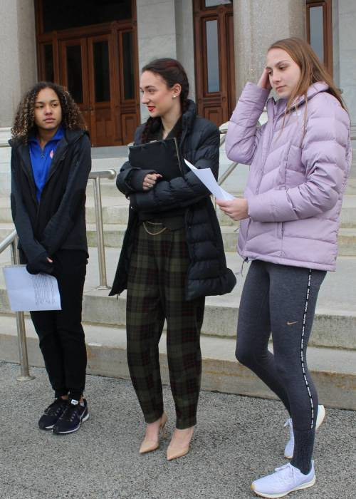 Alanna Smith,Selina Soule e Chelsea Mitchell