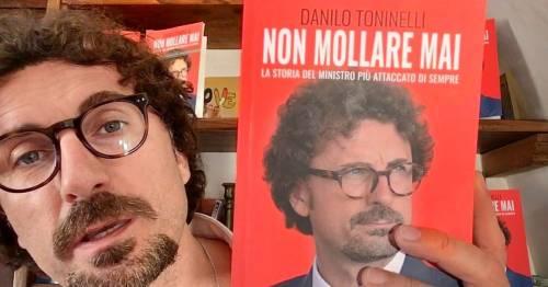 Toninelli, il finto Che Guevara che non molla mai