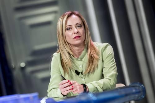 """Meloni: """"Draghi non resta fino al 2023. Federazione? Non è contro di me. Sì al Cav al Colle"""""""
