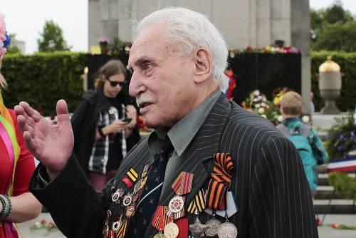 Morto a 98 anni l'ultimo liberatore di Auschwitz