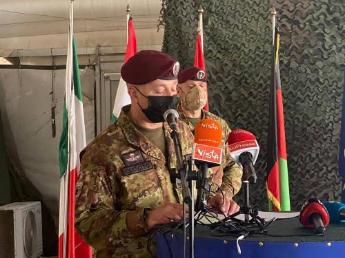 Afghanistan, l'Italia ammaina la bandiera: chiusa la missione iniziata 20 anni fa