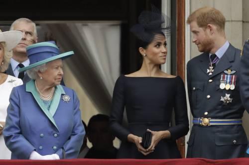 """La Regina e Harry ai ferri corti: """"Non ha chiesto il permesso per il nome"""""""