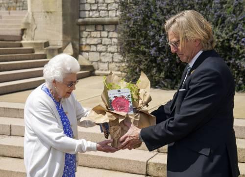 Il gesto della Regina per Filippo che commuove tutti