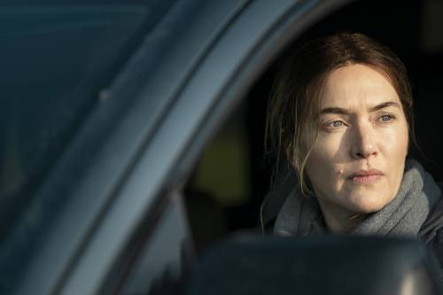 Kate Winslet s'imbruttisce per indagare