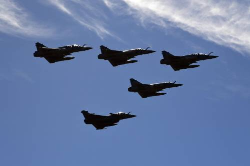 """Nuova arma per Erdogan: così scavalca i """"no"""" della Nato"""