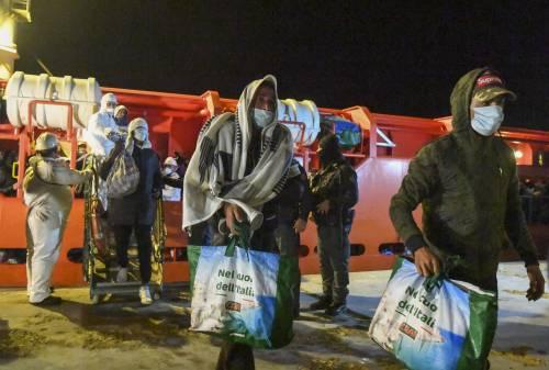 Sbarchi a raffica a Lampedusa: già arrivati 21mila migranti