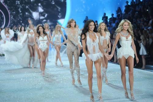 Angeli caduti sotto i colpi del politically correct
