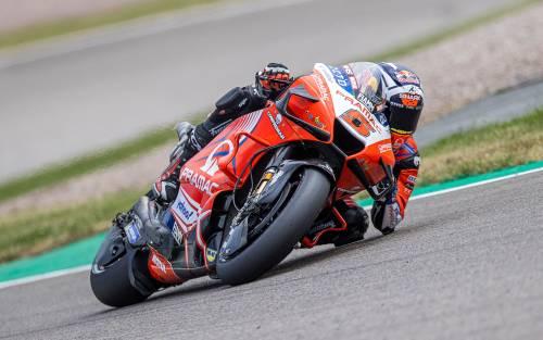 È record: due moto italiane in prima fila nella classe regina