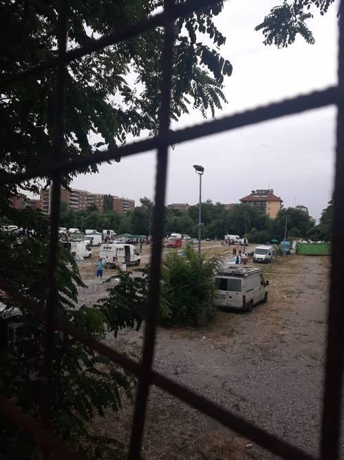 Milano ostaggio dei mercatini abusivi