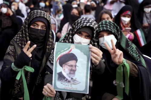 """L'Iran: """"Via le sanzioni e limitiamo il nucleare"""". Israele: """"Non fidatevi"""""""