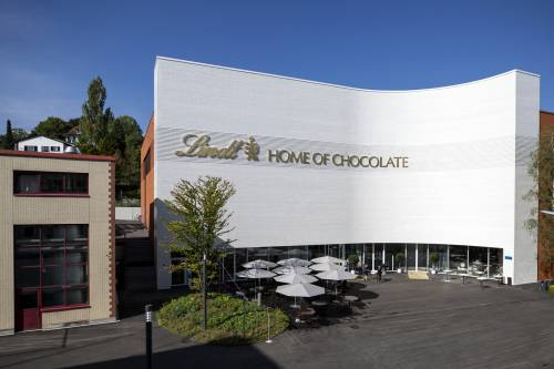 È scoppiata la guerra del cioccolato: cosa rischia l'Italia