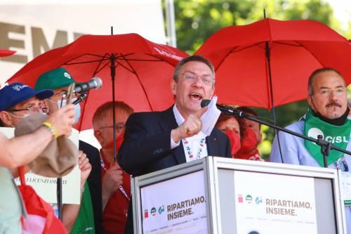 Draghi e sindacati, trovato l'accordo: cassa integrazione anti-licenziamenti