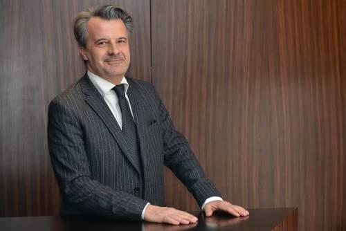 Prende quota a Milano la candidatura Farinet. E scoppia il caso Napoli