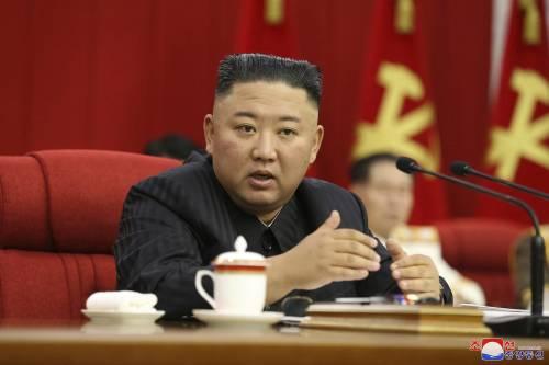"Kim purga il Politburo: ""Dirigenti pigri"""