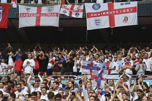 """""""Wembley pieno, scelta assurda"""". Inglesi a Roma, è allarme Delta"""