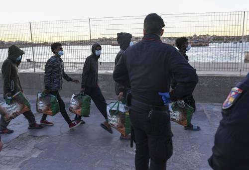 Variante Delta a Lampedusa: contagiato un carabiniere