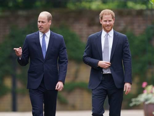 Cosa rivelano gli sms tra William ed Harry