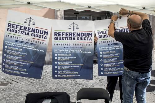 Italia sommersa dai referendum. L'ondata social che può travolgere il Parlamento