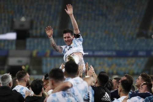 La prima volta di Messi con la sua Argentina. Ma il Brasile non piange