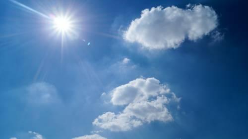 Insolazione, sintomi e rimedi per il colpo di sole