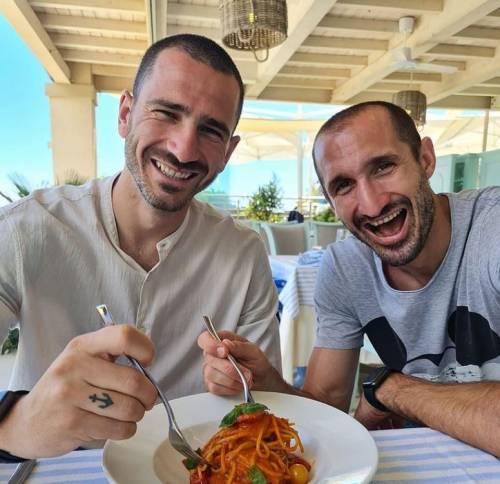 """Ricordate la foto della """"pastasciutta""""? Cosa è successo dopo Napoli-Juve"""