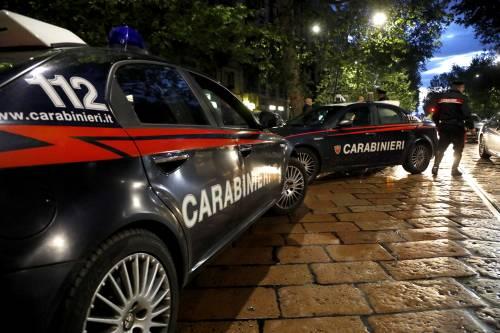 Lite e sparatoria in piazza: un morto, arrestato l'assessore